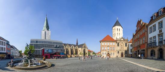 Paderborn, Dom und Gaukirche am Markt