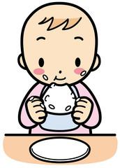 おにぎりを食べる赤ちゃん