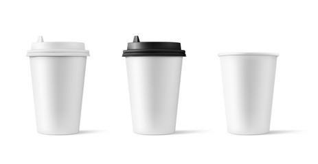 Set of realistic blank mock up paper cups with plastic lid. Coffee to go, take out mug. Vector illustration isolated and can be use for any backgrounds. EPS10.