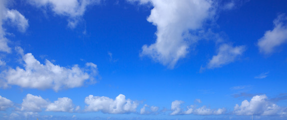 Blue sky with cloud closeup.