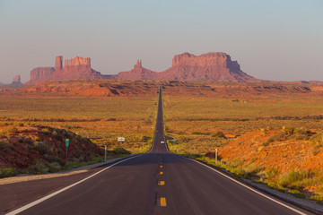 Forrest Gump Point at US Highway 163 toward Monument Valley Navajo Tribal Park