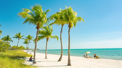 Fototapete - People having a rest on the Smathers beach - Key West, Florida. Raw video source.