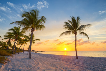 Photo sur Aluminium Plage Sunrise on the Smathers beach - Key West, Florida