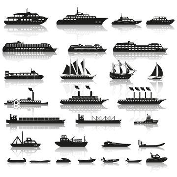 Ships and boats icon set. Vector.