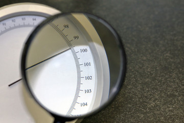 A device for measuring atmospheric pressure