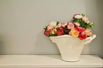 Fototapeta Bukiet róż w wazonie obraz