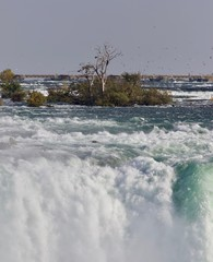 Image of a powerful Niagara waterfall in autumn