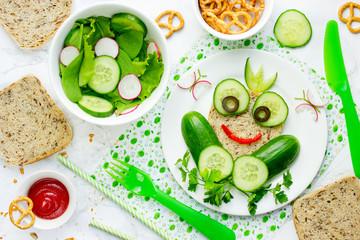 Frog sandwich for kids, animal sandwich, healthy vegetarian sandwich