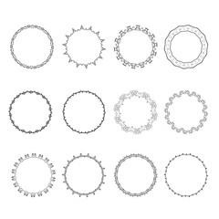 Set of round frame