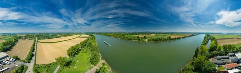 360° Luftbild Panorama - Das Rheinufer vor Worms
