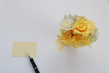 黄色いバラとメッセージ