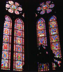 intérieur de la cathédrale de Reims en champagne