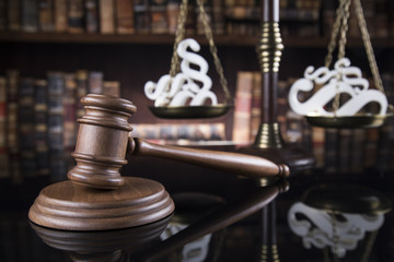 Paragraph, Judges wooden gavel, on mirror reflection background
