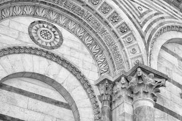 Fototapete - Details of classic architecture in Pisa, Tuscany, Italy