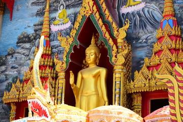 Golden Buddha Image Respect for Buddhism