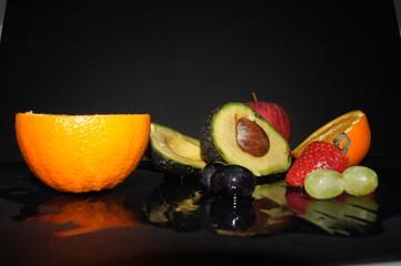 Früchte in Dunkelheit