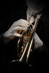 Poster Muziek Trumpet player. Trumpeter playing jazz instrument
