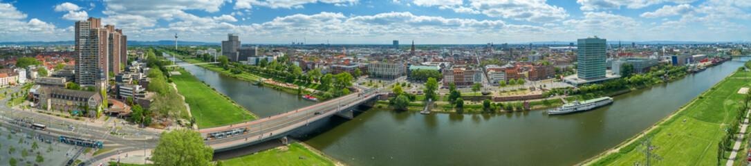 Luftbild Mannheim und Neckarwiesen Fototapete