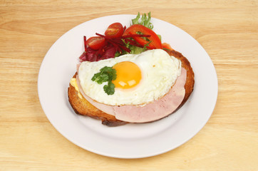 Fried egg and ham
