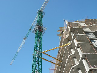 house develop with crane