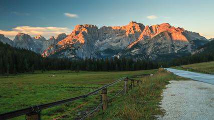 Misurina, Misurina See - Sonnenaufgang - Dolomiten - in der Nähe von Cortina d'Ampezzo