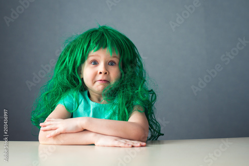 funny face kid green wig