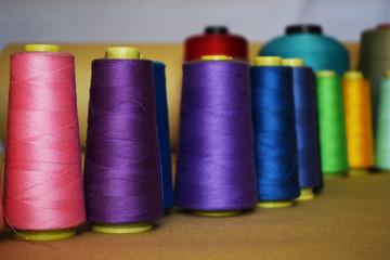 Color thread for sewing machine, for textile industry