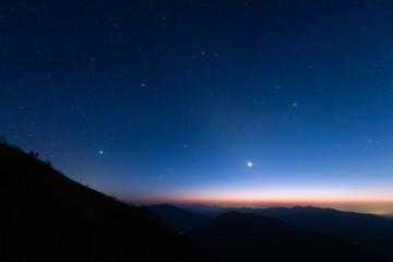 金星と冬の星