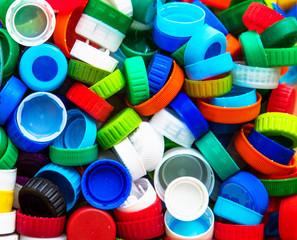 Tampas plásticas para reciclagem