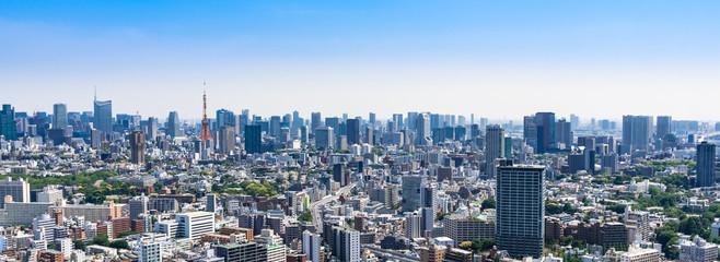 東京 青空と都市風景 ワイド