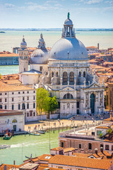 Obraz Wenecja, kanał grande i bazylika Santa Maria della salut, Włochy, Europa - fototapety do salonu