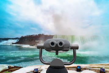 Niagara falls between United States of America and Canada. Fototapete