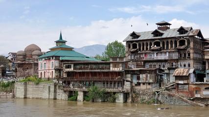 Srinagar Stadtansicht, Häuser und Gebäude in Kashmir, Indien