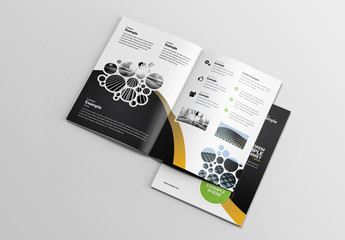 Bifold Brochure Clustered Circles