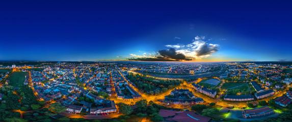 Luftbild Stadt Worms bei Nacht