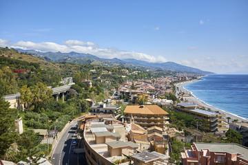 Costa Ionica della Sicilia nei pressi di Taomina