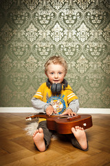 im Kinderzimmer Musik hören