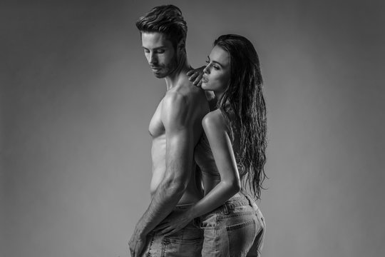Shooting of young, intimate couple with great bodies.