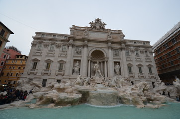 Trevi Fountain; landmark; ancient roman architecture; ancient rome; town square