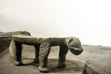 Ancient Costa Rica Metate with the shape of a Jaguar