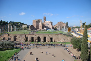 Temple of Venus and Roma; Arch of Constantine; landmark; city; human settlement; town square