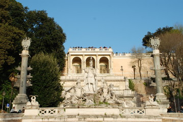 Piazza del Popolo; historic site; landmark; ancient history; palace