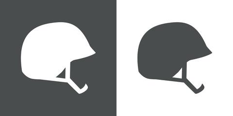 Icono plano silueta casco militar en gris y blanco