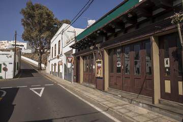 Straße mit Kneipe in Puerto del Carmen Lanzarote