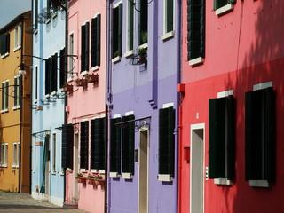 les façades colorées de Burano - Venise