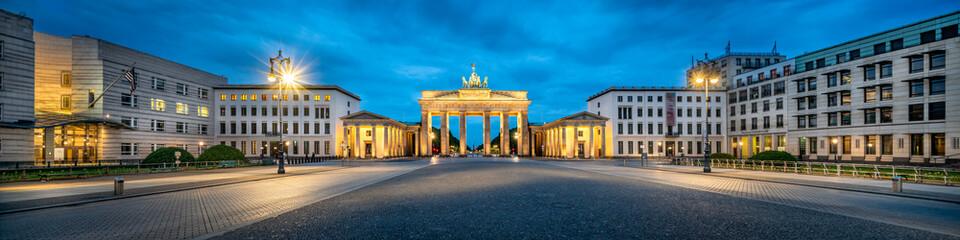 Pariser Platz und Brandenburger Tor in Berlin, Deutschland