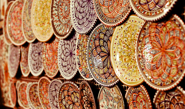 beautiful dishes colored and decorated in the souk