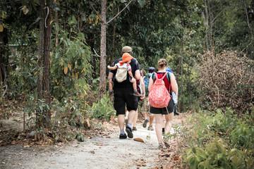 trekking family group