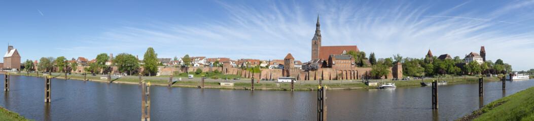 Panorama der Hansestadt Tangermünde an der Elbe in Sachsen-Anhalt
