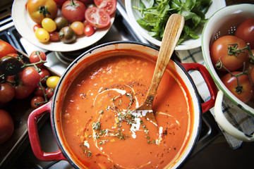 Creamy tomato sauce food photography recipe idea